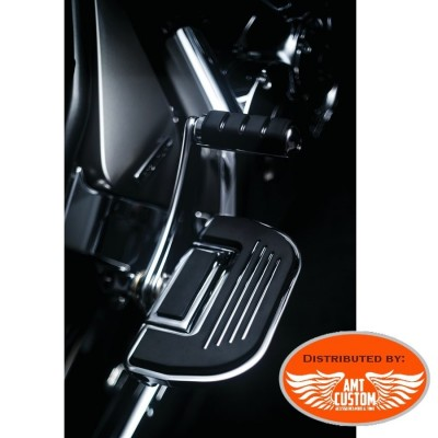 Driver Softail Floorboard Kit adapters before and after 2018