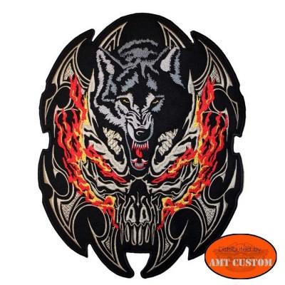 Ecusson Patch  Loup agressif enflammé pour veste et blouson moto custom harley et trike