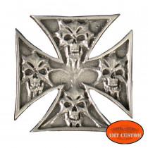 Pin's Biker Croix de Malte Tête de mort pour veste et blouson moto sacoche custom harley et trike