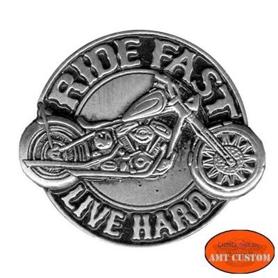 Pin's epinglette Ride fast Moto pour veste et blouson moto sacoche custom harley et trike
