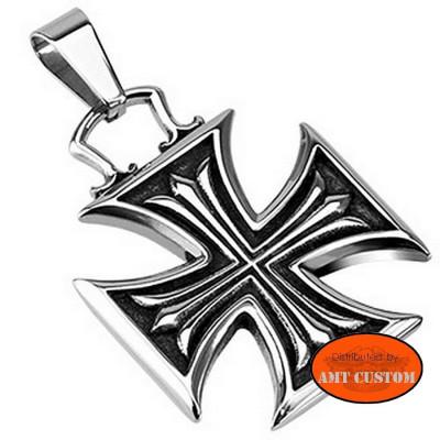 Pendentif collier Croix de Malte biker