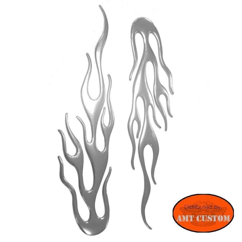 Planche de 2 stickers flammes 3D chromes