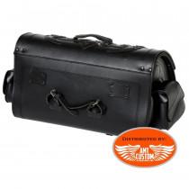 Vue de dos Sacoche à clés sissy bar 67 Litres Valise Top Case Cuir motos et trikes