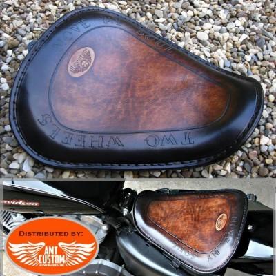"""Sportster Selle solo cuir marron """"Two Wheels"""" pour XL883 et XL1200 de 2010 et après Bobbers"""