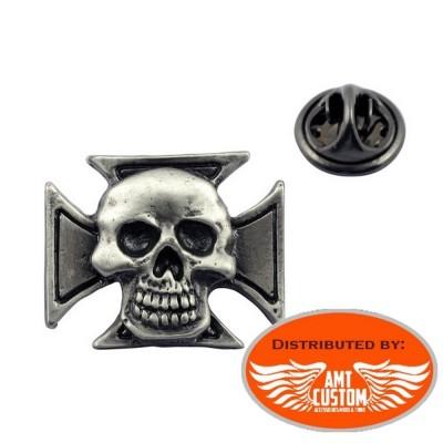 Pin's Tête de mort skull et Croix de Malte