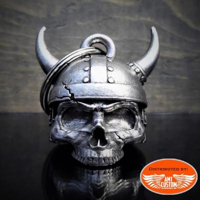 Clochette porte-bonheur tête de mort viking